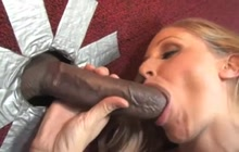 Busty MILF gets facialized from glory hole